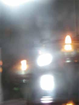 Для эффективного освещения комнаты площадью в 8 м² достаточно смонтировать световой колодец. Он будет справляться с поставленной задачей в любую погоду.